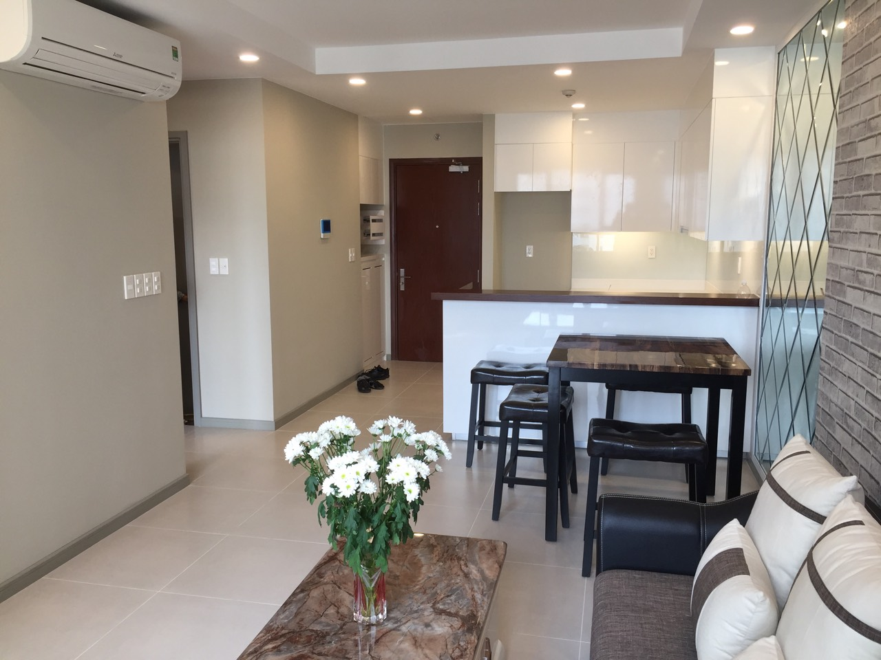 the goldview apartment for rent in district 2 hcmc D404106 (5)