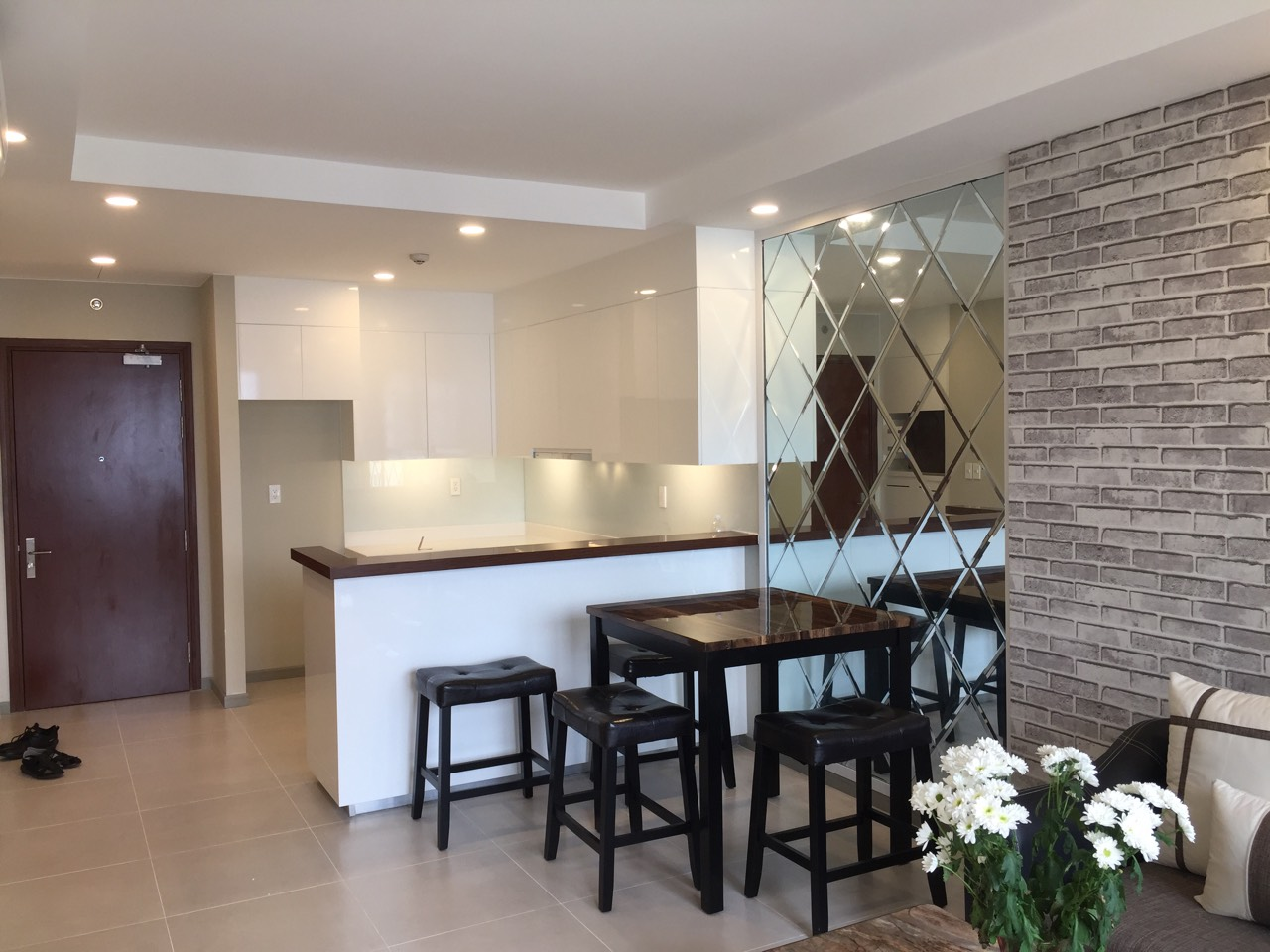 the goldview apartment for rent in district 2 hcmc D404106 (7)