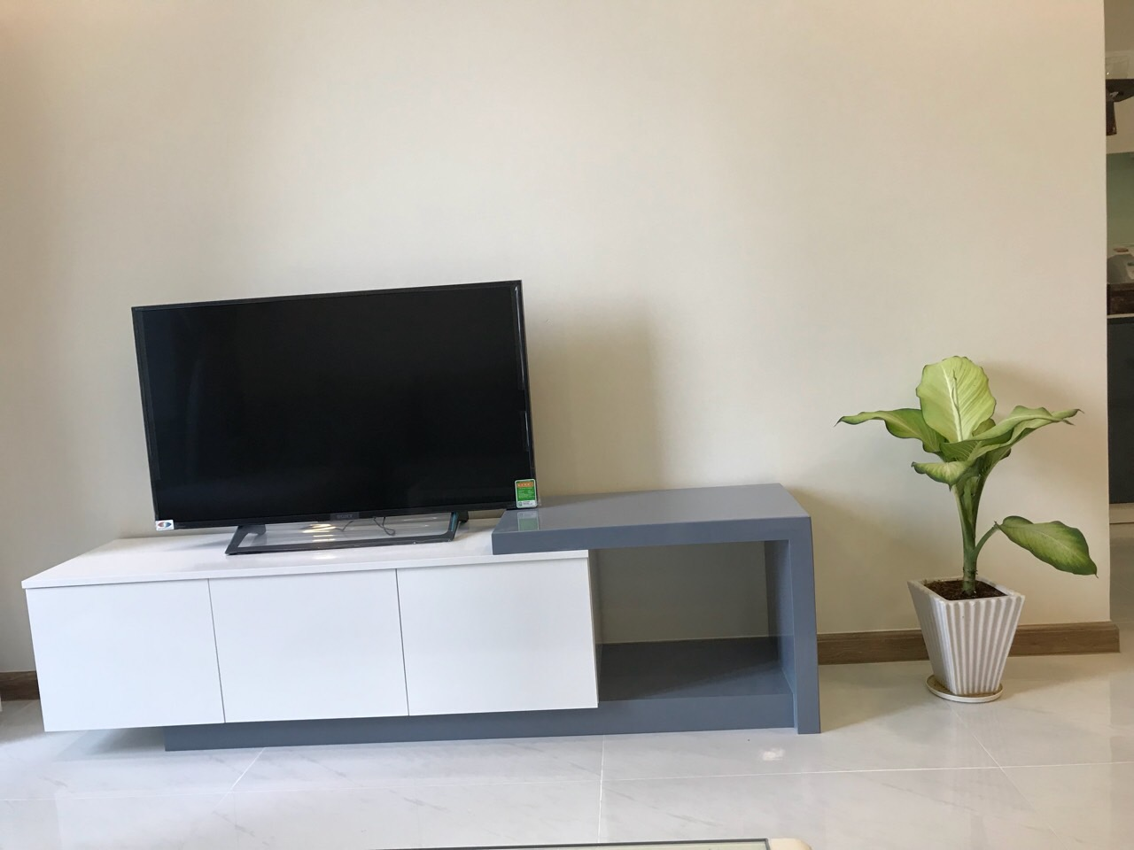vinhomes central park apartment for rent in binh thanh district hcmc BT105L399 (2)