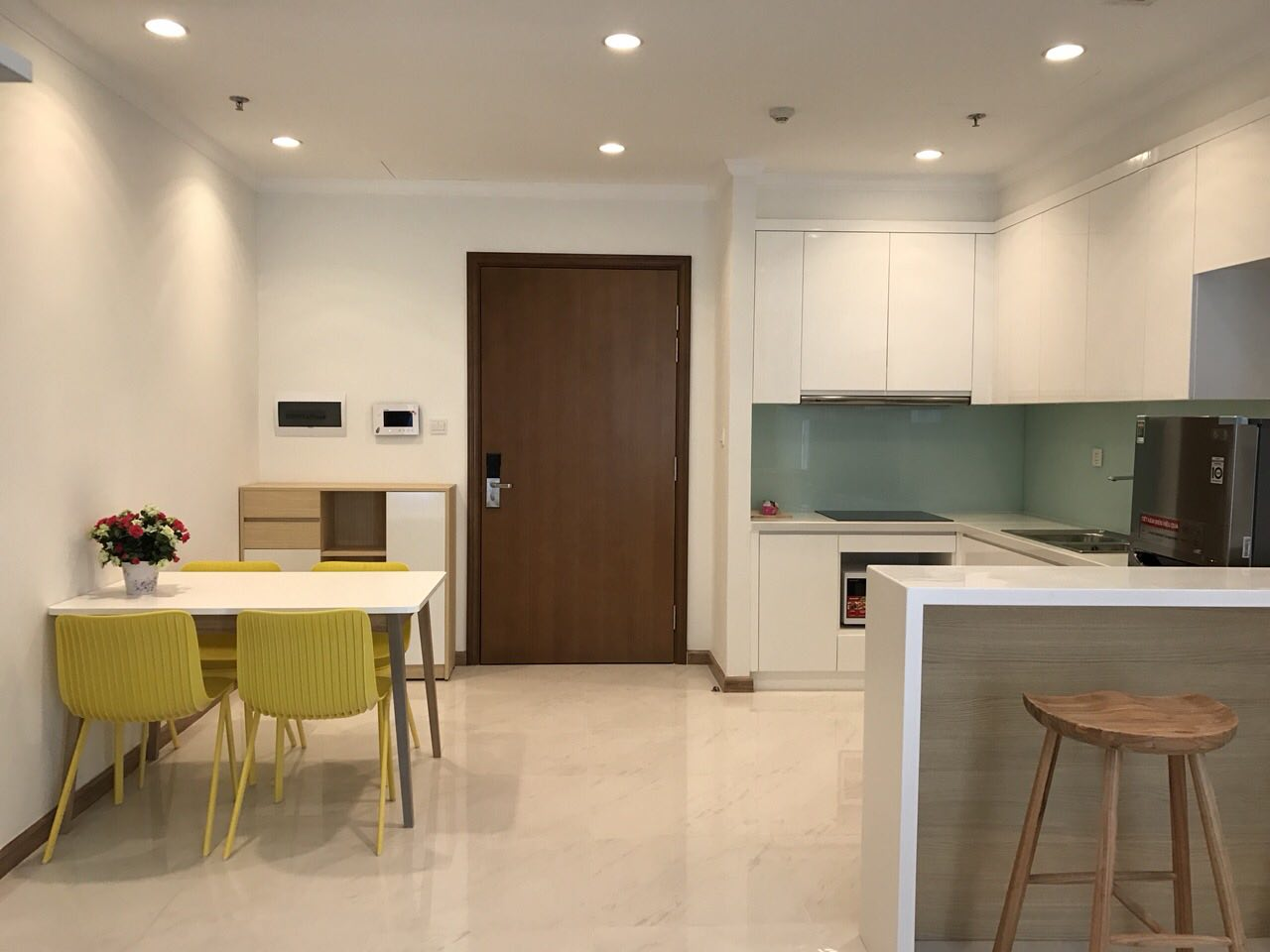 apartment for rent in vinhomes district 2 HCMC  BT1051165(2)