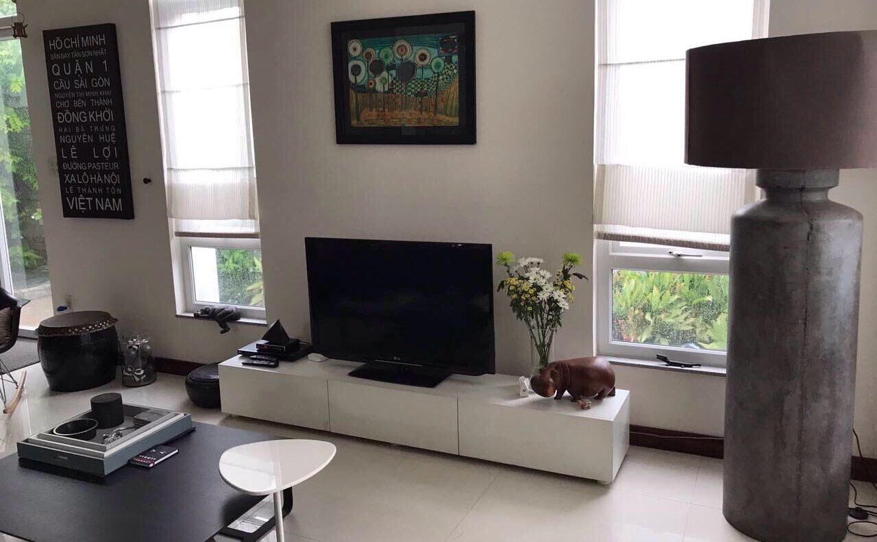 villa for rent in district 2 hcmc D2200016 (2)