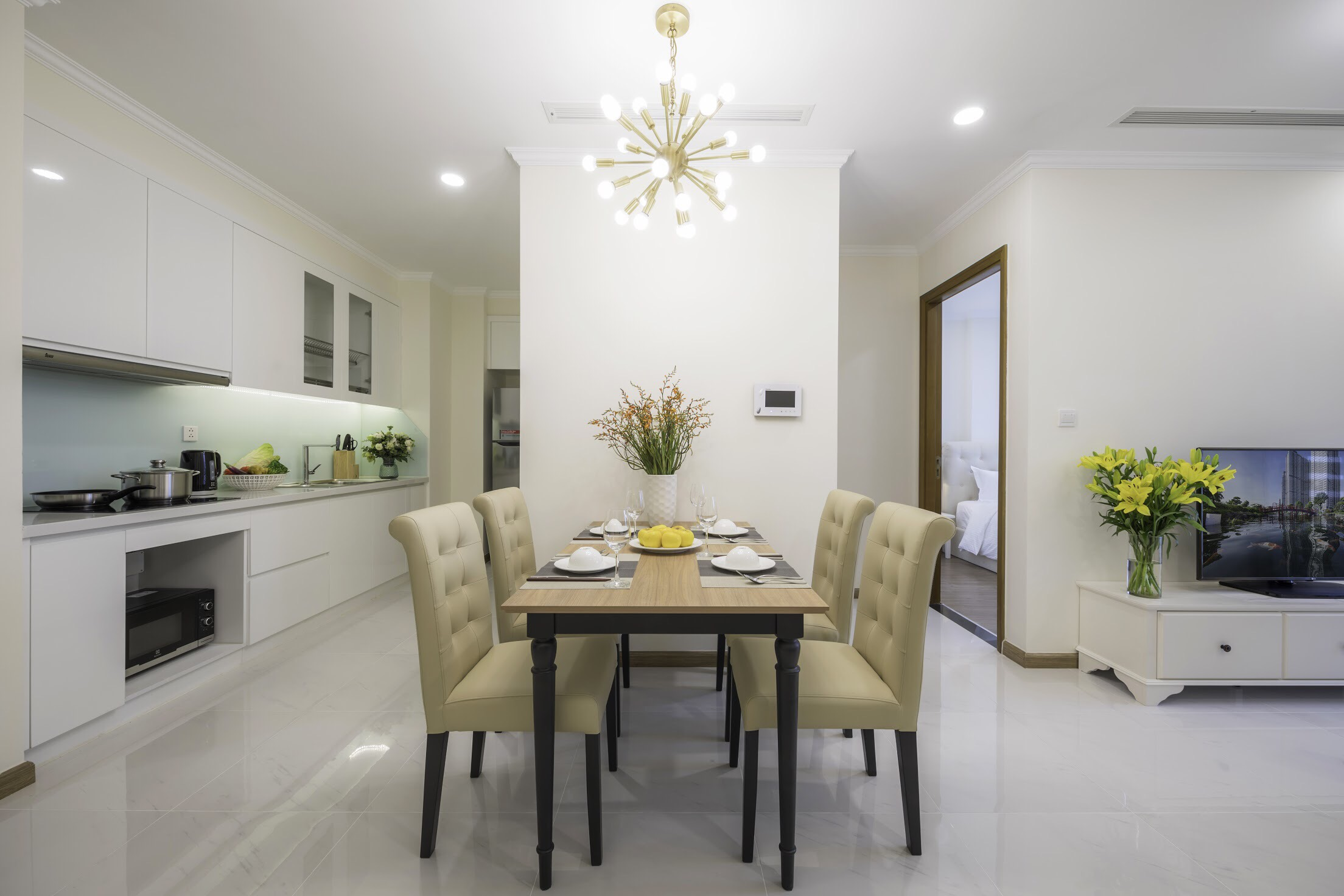 vinhomes central park apartment for rent in binh thanh district hcmc BT105L534 (2)
