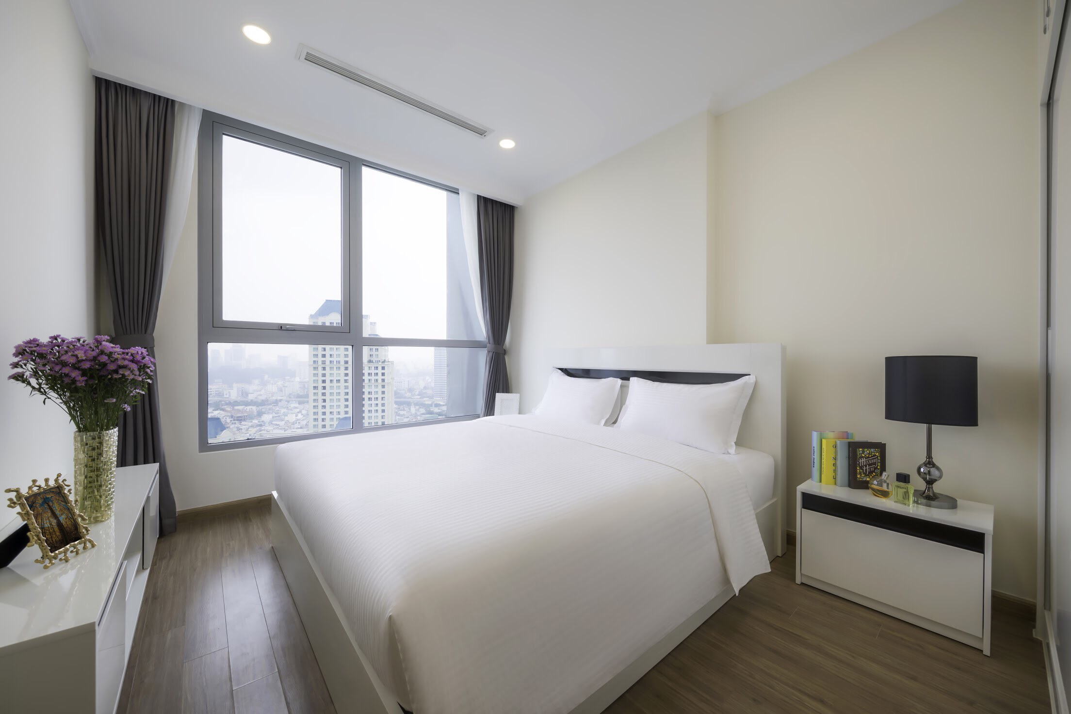 vinhomes central park apartment for rent in binh thanh district hcmc BT105L533 (2)