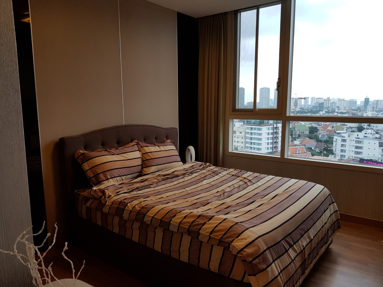 Xi Apartment Nice Furniture Good View in Thao Dien D206096 (2)