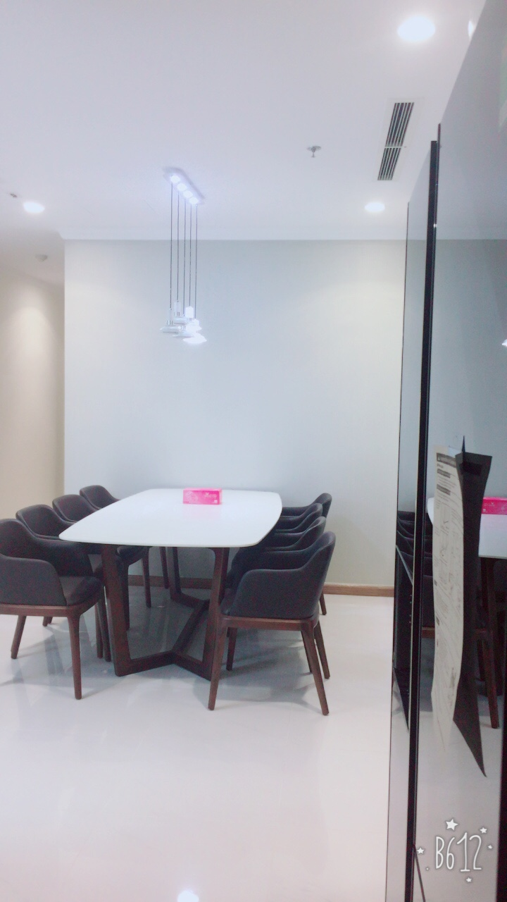 vinhomes central park apartment for rent in binh thanh district hcmc BT105L404(12)