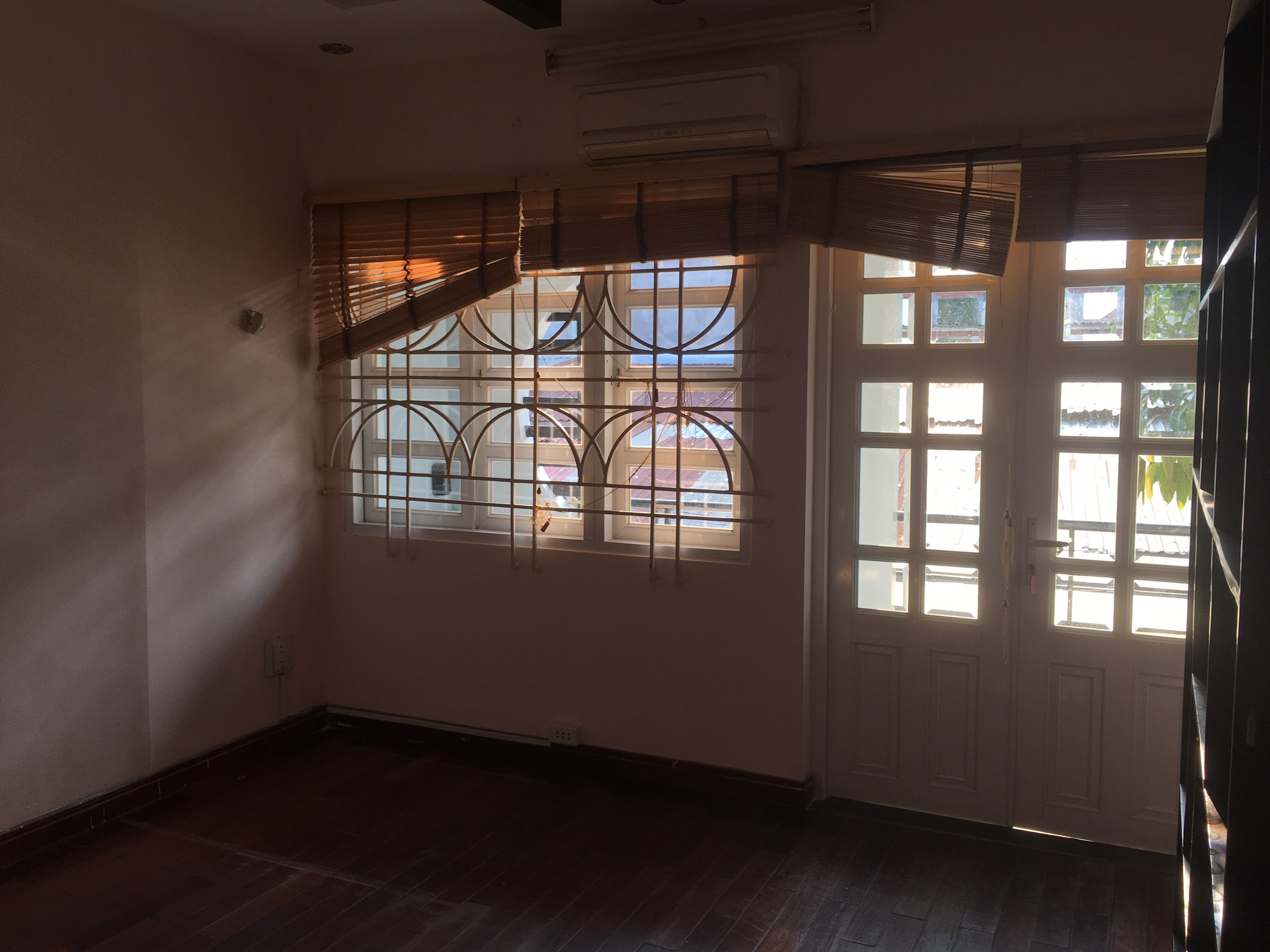 villa for rent in an phu district 2 hcmc D2300250(14)