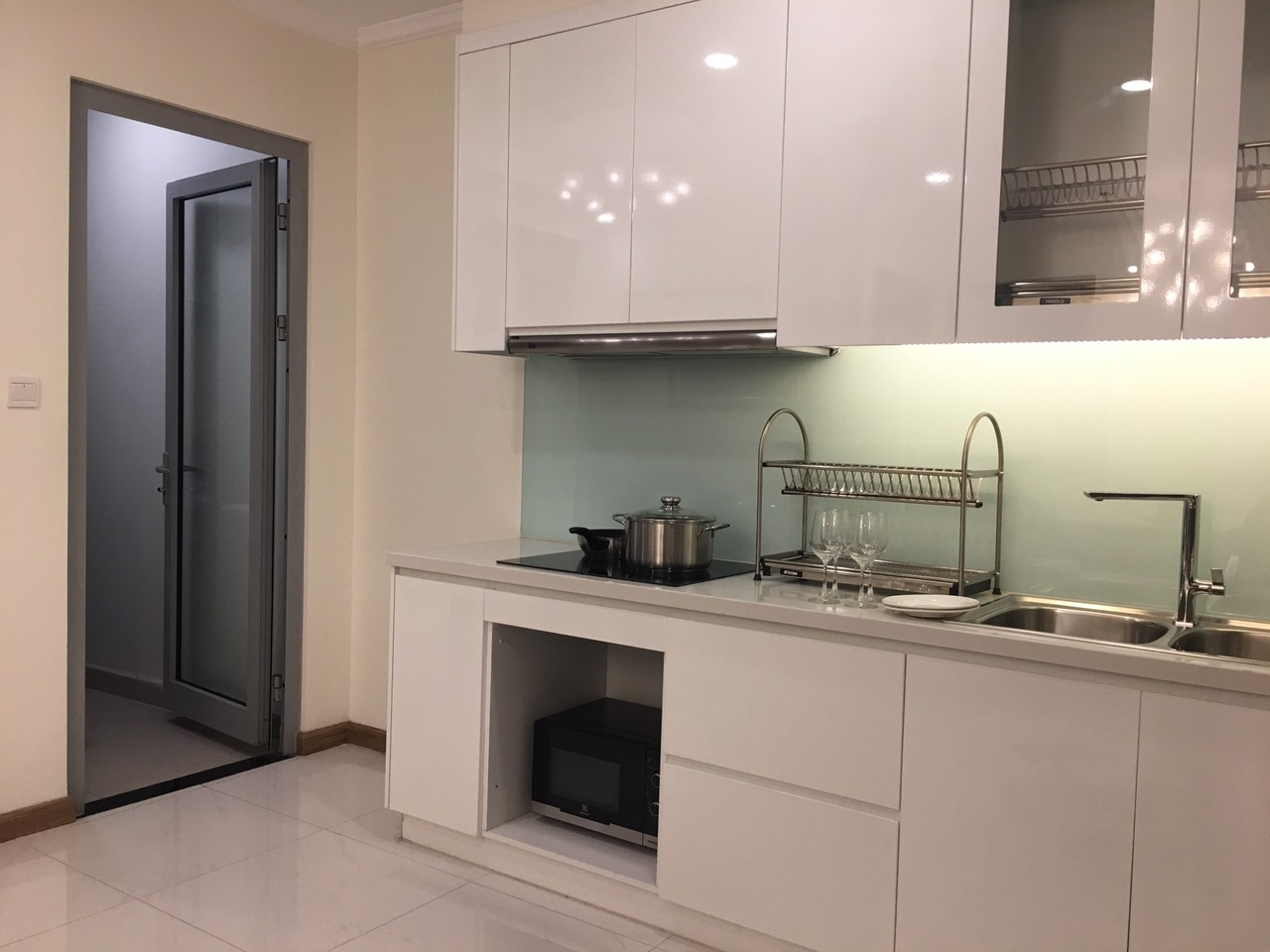 vinhomes central park apartment for rent in binh thanh district hcmc BT105L1497(3)