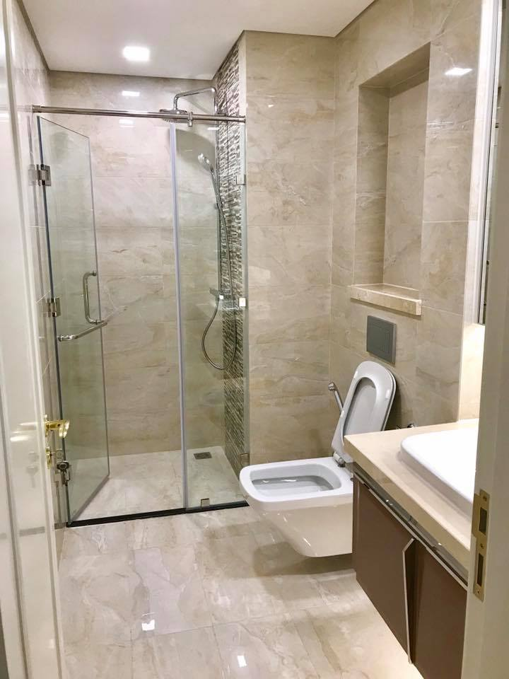 vinhomes golden river apartment for rent in district 1 hcmc D1022843(2)