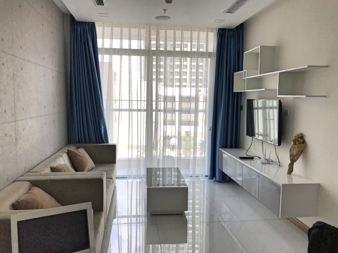 636928455259851982_vinhomes central park apartment for rent in binh thanh district hcmc BT105P5297(6)
