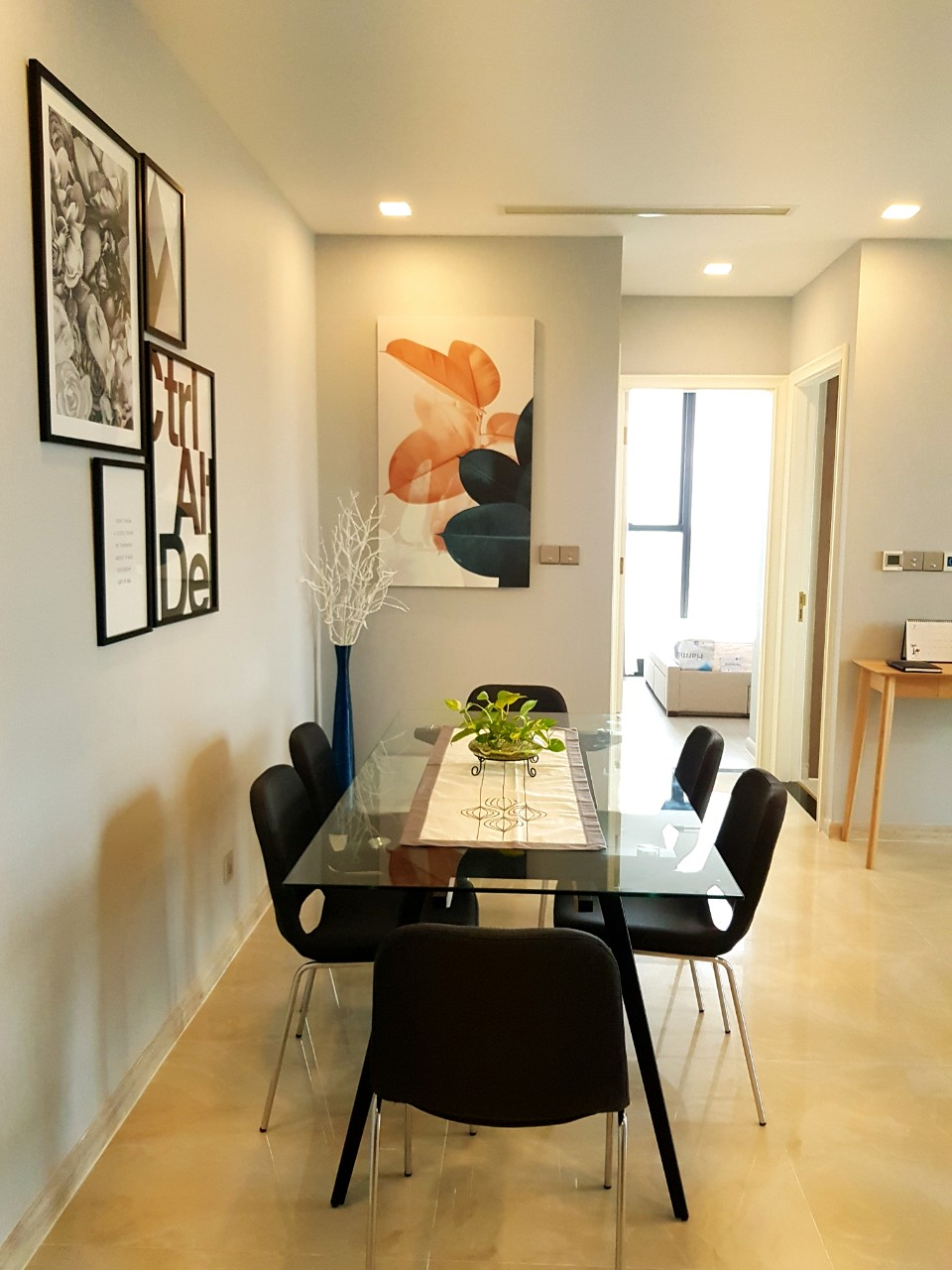 vinhomes golden river apartment for rent in district 1 hcmc D102272 (7)