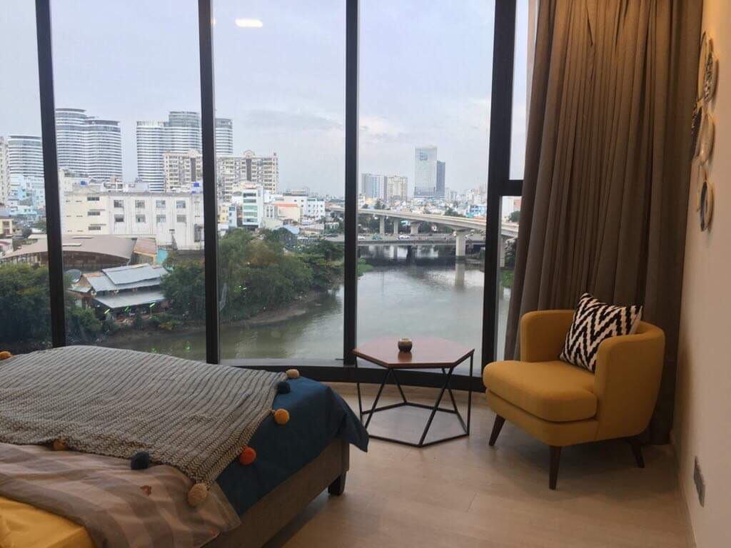 vinhomes golden river apartment for rent in district 1 hcmc D102303(16)