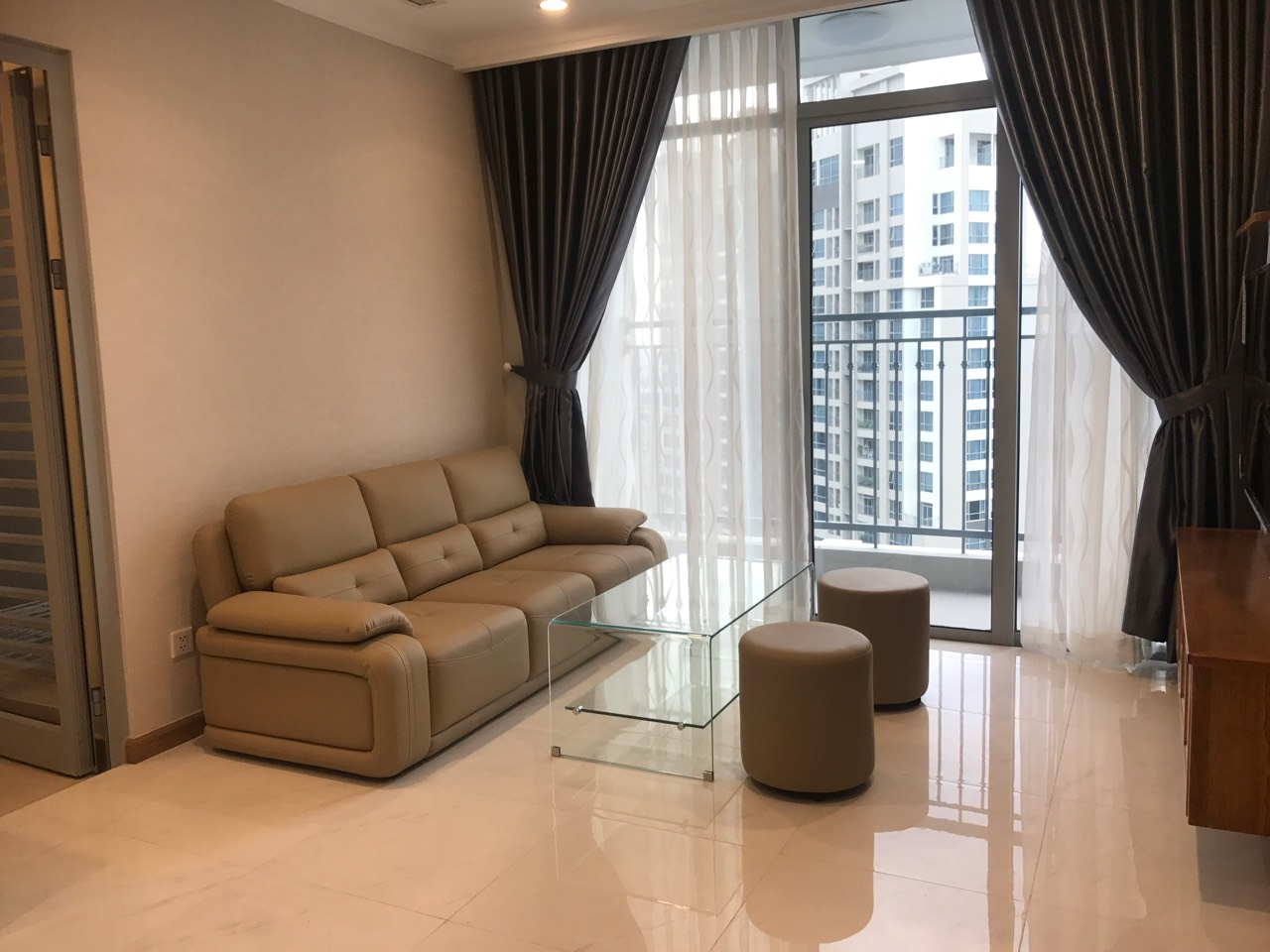vinhomes central park apartment for rent in binh thanh district hcmc BT105L4410 (9)