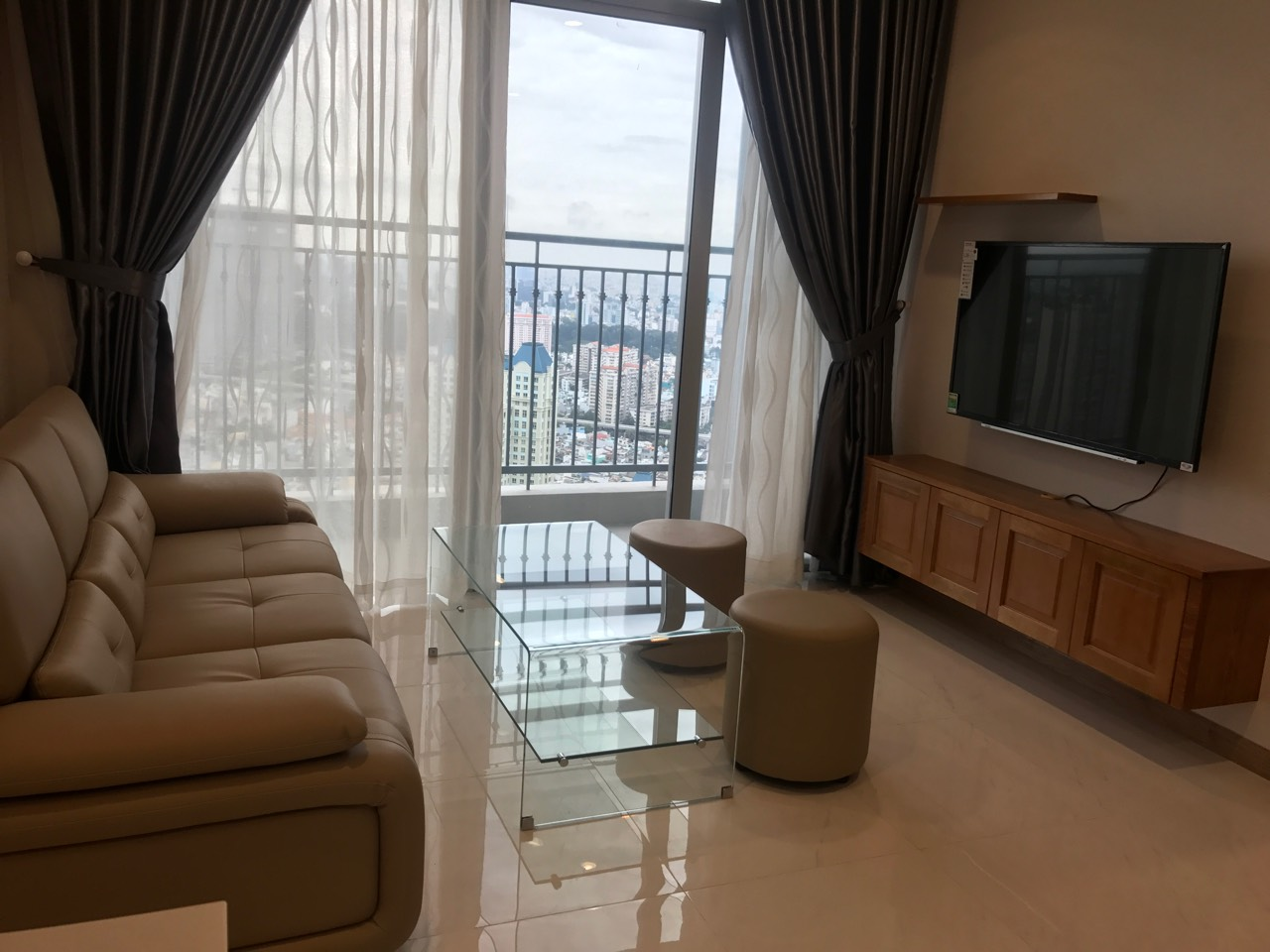 vinhomes central park apartment for rent in binh thanh district hcmc BT105L4410 (4)